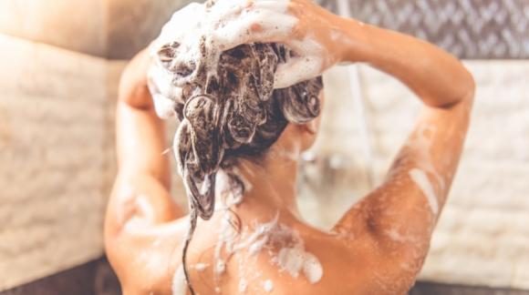 5 erinevat juuksetüüpi - kuidas neile valida sobivat šampooni ja palsamit?